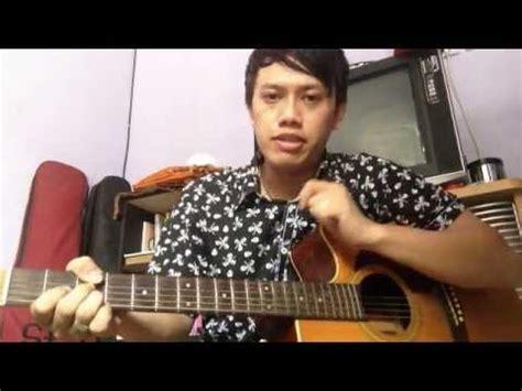 cara bermain gitar kidal belajar memetik gitar dengan cara kidal tangan kiri