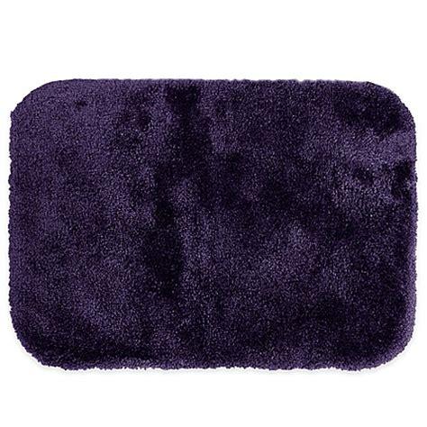 Wamsutta Duet Bath Rug Buy Wamsutta 174 Duet 20 Inch X 34 Inch Bath Rug In Grape From Bed Bath Beyond