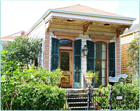 new orleans bungalow new orleans homes and neighborhoods 187 bywater homes in new