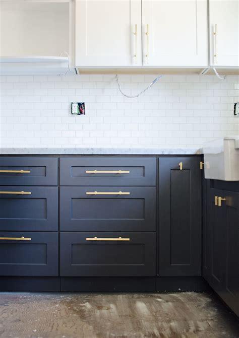 navy cabinets best 25 navy cabinets ideas on pinterest navy kitchen
