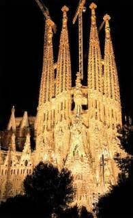 Antoni gaudi buildings those buildings are genius