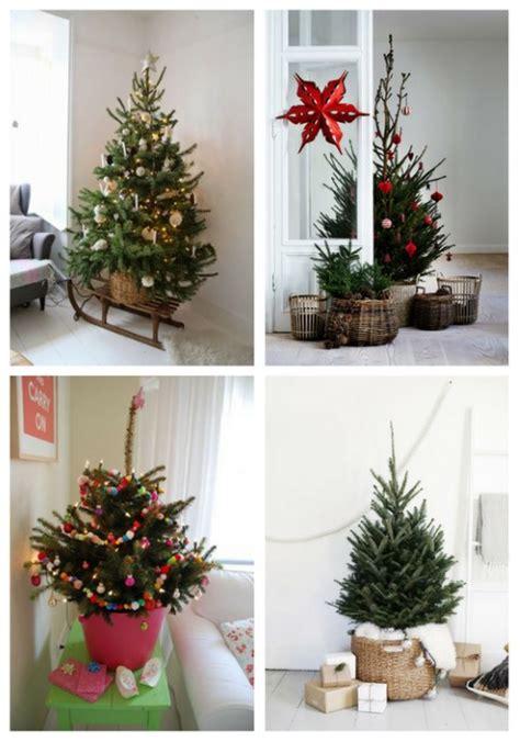 52 small christmas tree decor ideas comfydwelling com