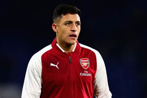 Alexis Sanchez Weekly Wage | manchester united news red devils to offer arsenal ace