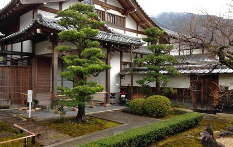 Maison Typique Japonaise by La Maison Traditionnelle Japonaise