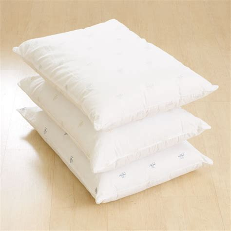 Ralph Pillow by Ralph Pillow Jumbo Boscov S