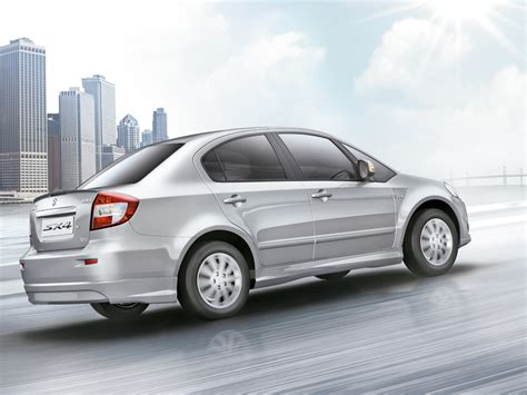 Maruti Suzuki New Car 2013 2013 Maruti Sx4 Rear 3 Quarter