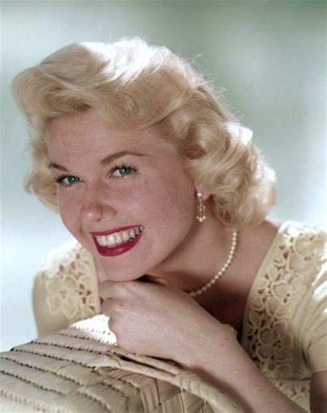 doris day glamour a sip of sarsaparilla pajama games and pillow talk doris