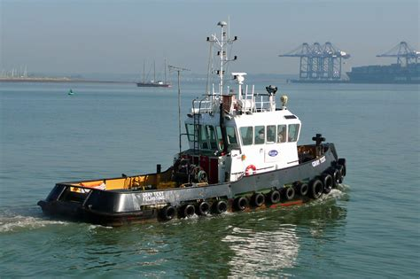 tug boats for sale in europe harwich 8th may 2008 photo diary