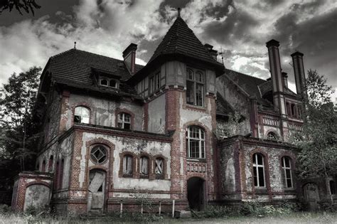 best haunted houses in america top haunted houses in america 28 images top 25 most