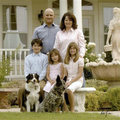 rich family portrait | www.pixshark.com images galleries