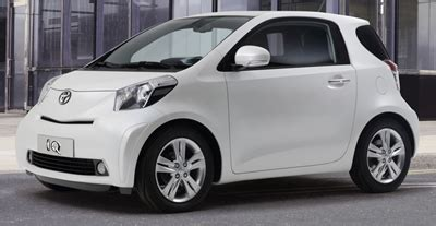 Toyota Smart Car The 2010 Toyota Iq Will Compete With The Smart Fortwo