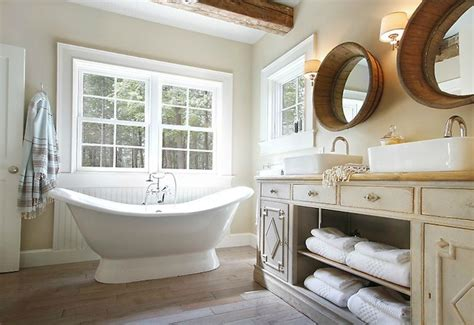 15 beadboard backsplash ideas for the kitchen bathroom 25 best ideas about small cottage bathrooms on pinterest