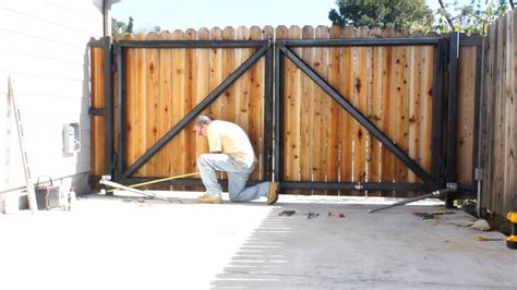 how to build a double swing gate e8 300mm dual swing gate opener installation youtube