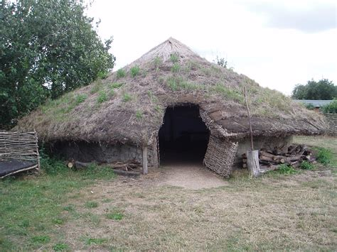 In Law Homes by File Bronze Age Dwelling At Flag Fen Jpg Wikimedia Commons