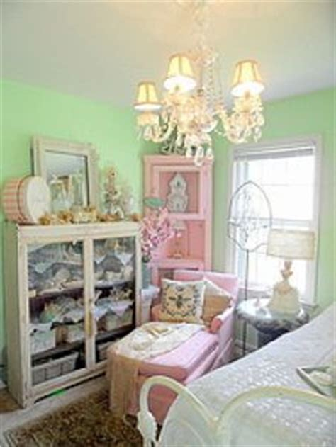 Shabby Chic Bedroom Decorating Ideas On A Budget Shabby Chic Bedroom Decorating On A Budget