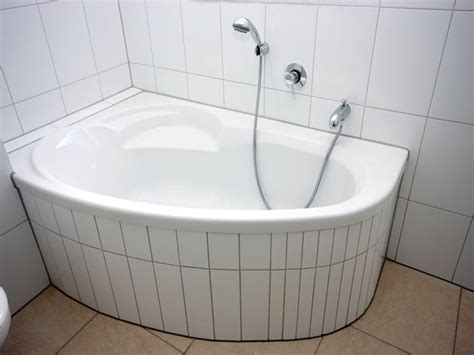small corner bathtub long bathtubs 7 foot small corner bathtubs corner bathtub