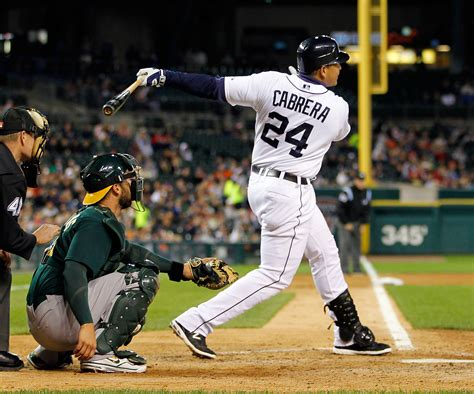 miguel cabrera swing sometimes you forget but man can miguel cabera hit