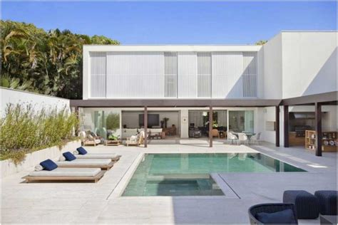 bilder garten mit pool modern terrasse steinfliesen holz