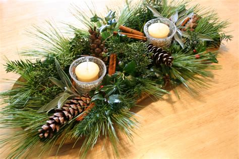 pine cone centerpieces ideas for winter wedding centerpieces