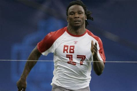 nfl combine bench record nfl combine records fastest 40 times best bench press