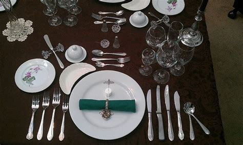 fine dining table setting restaurant table manners and fine dining etiquette