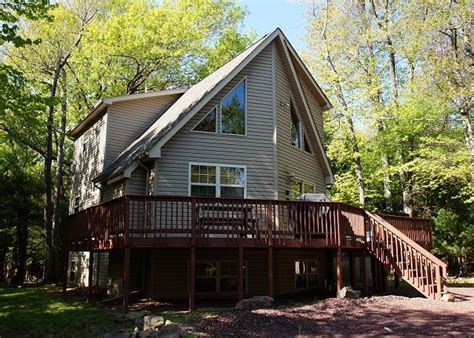 Pocono Cabin Rentals With Tubs by Mountain Wood 6 Bedroom Vacation Cabin Rental Lake