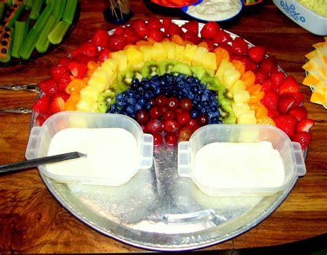 fruit rainbow rainbow somethings easy fruit rainbow