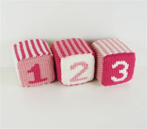 knitted baby blocks baby blocks knitting patterns and crochet patterns from