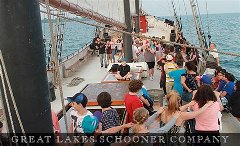dinner on a boat toronto toronto pizza party cruise toronto dinner cruises boat