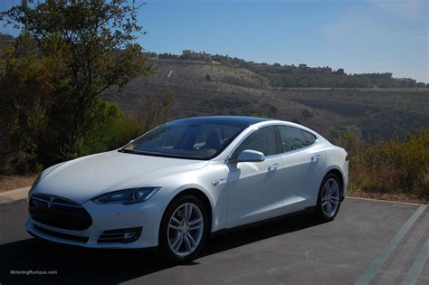 Tesla Model S White 2013 Tesla Model S 85 White Motoring Rumpus