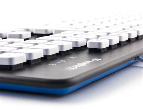 Keyboard Logitech K310 logitech k310 washable keyboard 187 gadget flow
