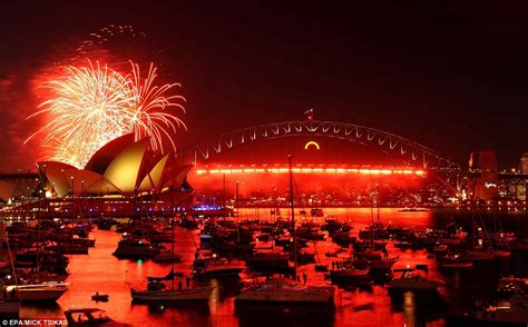 new year date australia new year s celebrations big ben lights up the