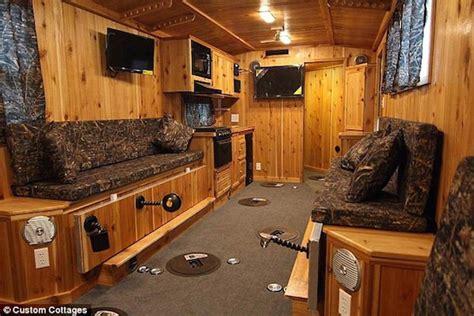 luxury ice fishing shacks fishing  camping