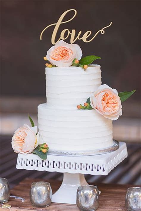 Wedding Cakes Small by Best 25 Small Wedding Cakes Ideas On