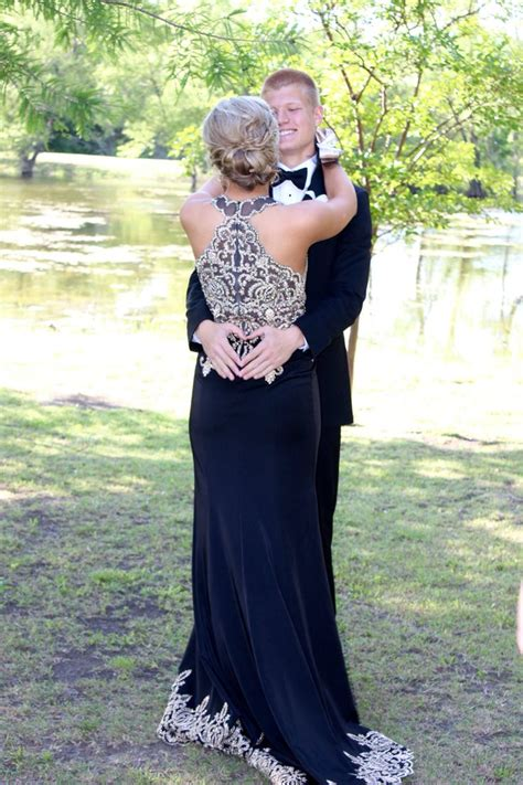 cute themes prom the 25 best ideas about creative prom pictures on