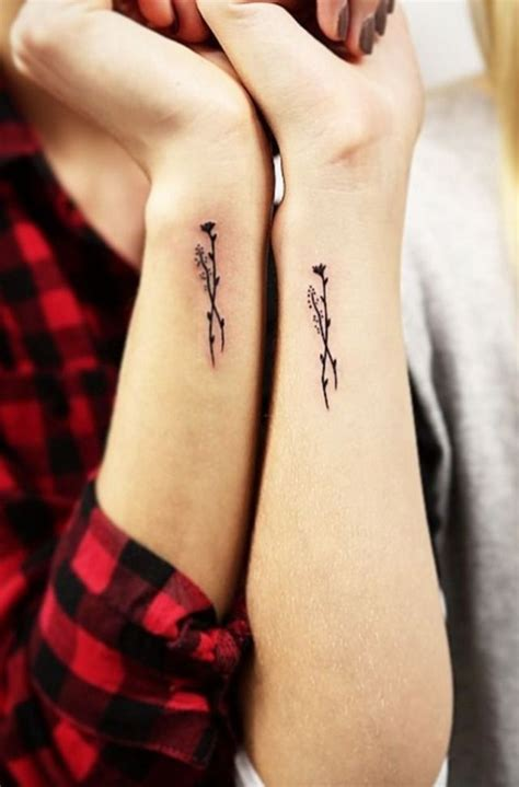 14 cute tiny wrist tattoos you ll want to get immediately
