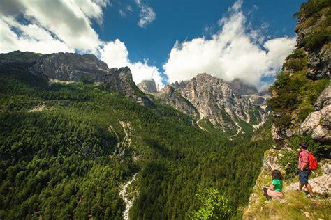in montagna escursioni estive in montagna trekking vicino trento per