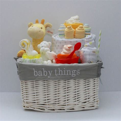 Gift Baskets For Baby Shower by Best 25 Baby Gift Baskets Ideas On