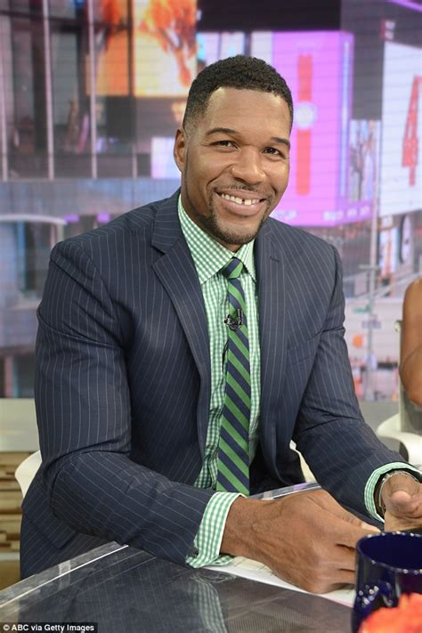 why is michael straham have a mohawk michael strahan confirms kelly ripa ended their friendship