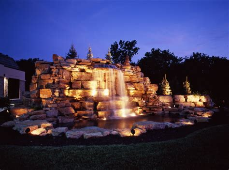 Outdoor Water Features With Lights Create Relaxing Places With Naples Outdoor Lighting Outdoor Lighting Perspectives