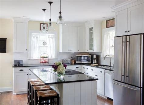 1940s kitchen design kitchens 1940s and tudor kitchen on pinterest