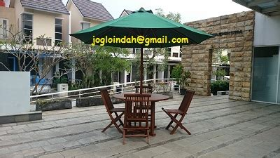 Indomaret Payung Lipat set meja payung taman untuk kantor marketing perumahan