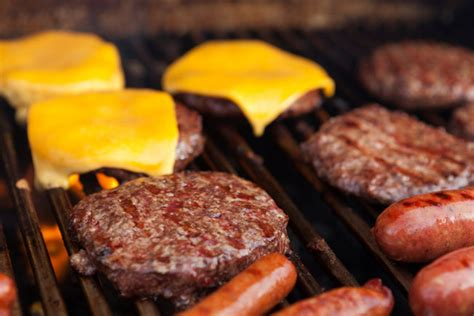 burgers and dogs how to choose the best grill for you personal finance us news