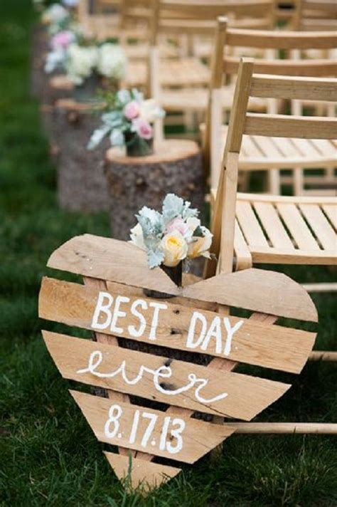 do it yourself rustic wedding decor 2 35 ways to use rustic wood pallets in your wedding do it yourself ideas and projects