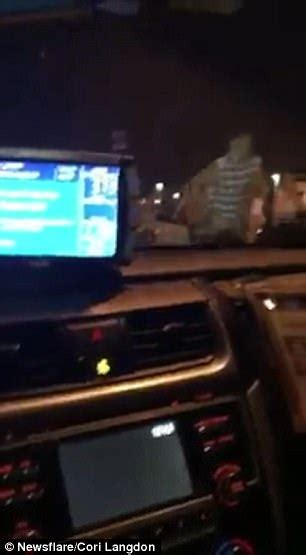 cabbie tries to advantage of a lone passenger social immediate aftermath of las vegas shooting caught on film