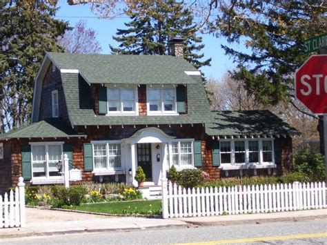 57 best dutch colonial homes images on pinterest asphalt dutch colonial pinterest gambrel roof and house best