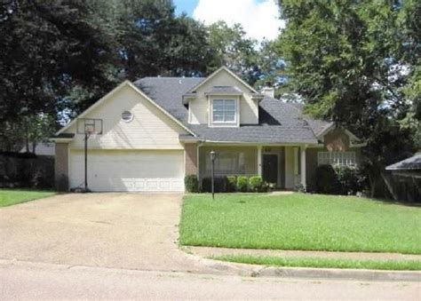 411 winding dr clinton ms 39056 foreclosed home
