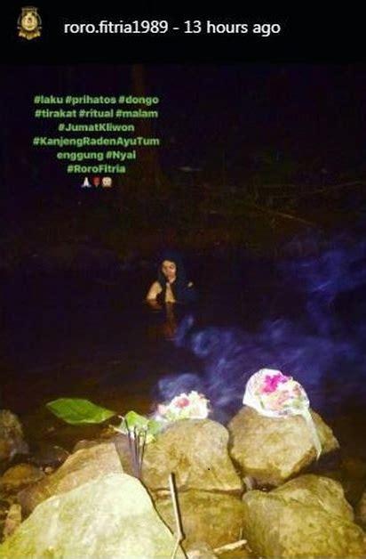 Kain Jarik Pohon 5 ritual berbau mistis ini pernah dilakukan roro fitria
