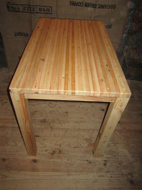 table de cuisine en pin table de cuisine touch du bois