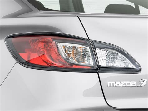 mazda 3 tail lights image 2011 mazda mazda3 4 door sedan auto i sport tail